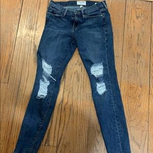 Frame Denim Ripped Jeans. Size 26